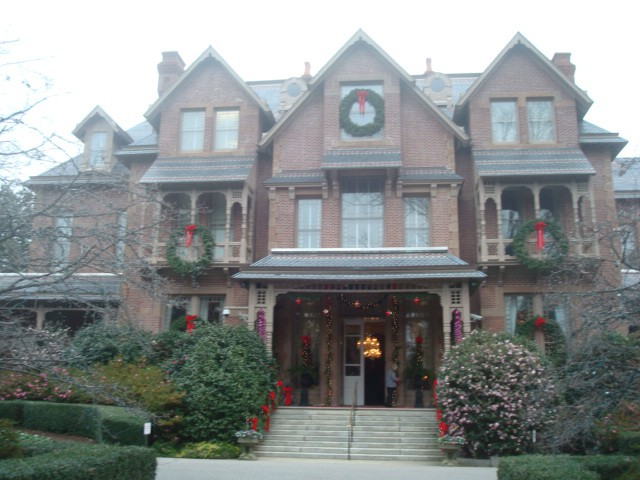 N.C. Governor's Mansion at Christmas