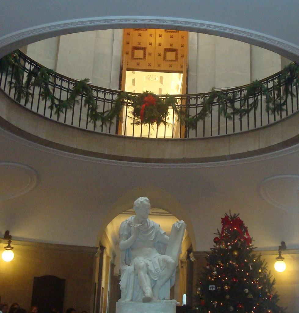 The rotunda at the North Carolina Capitol decorated for Christmas in 2009